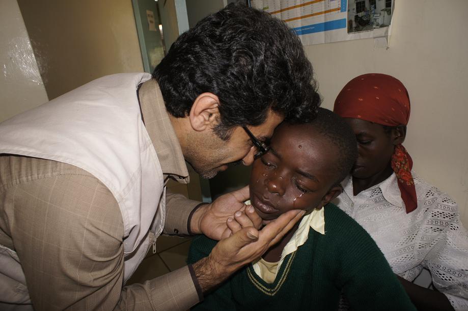 سوابق دکتر ناصر عمادی پزشک بدون مرز بیوگرافی دکتر ناصر عمادی
