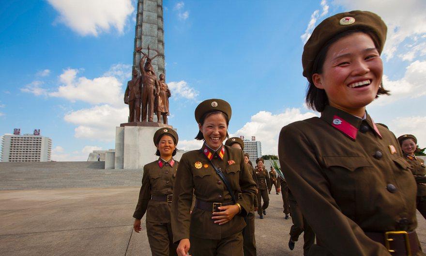 مدل های مجاز موی زن و مرد در کره شمالی (+عکس)