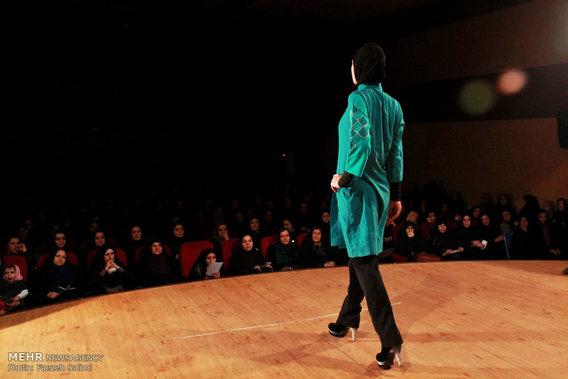شو زنده لباس زنانه در مازندران (عکس)